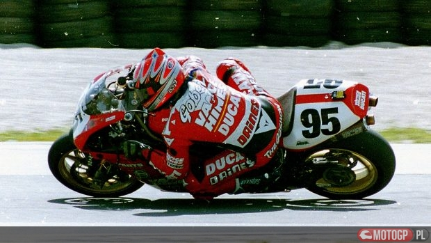 anthony-gobert95-v-and-h-duc-turn-8-road-america-sbk-quals-june-1998