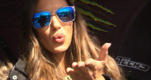 Wideo: Dziewczyny na padoku GP Australii