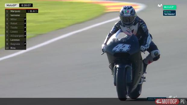 Aleix Espargaro na motocyklu KTM (fot. Movistar)